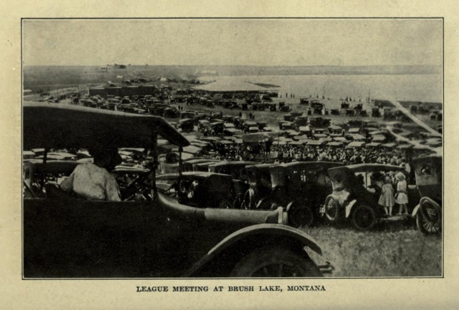 Nonpartisan_League_meeting_at_Brush_Lake,_Montana
